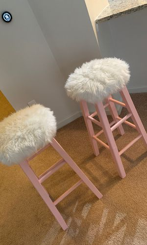 Pink, fur top bar stools for Sale in Charlotte, NC