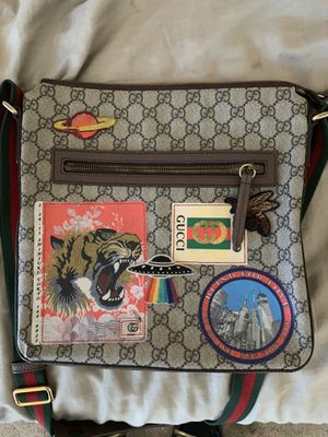 Gucci messenger bag for Sale in West Hollywood, CA