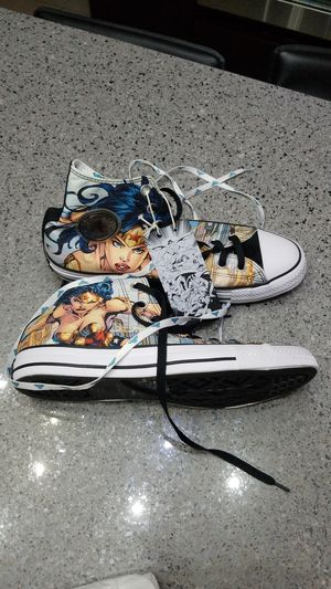 Converse All Star Wonder Woman for Sale in Tampa, FL