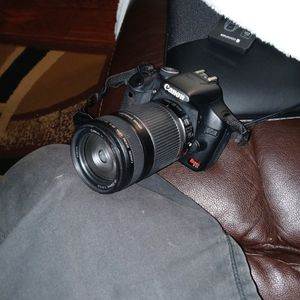 Canon T1i for Sale in Newport News, VA