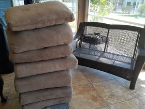 """Patio cushions-4 sets , 5"""" foam bottoms with matching backs. Tan. $80 for all 4 sets. for Sale in Cape Coral, FL"""