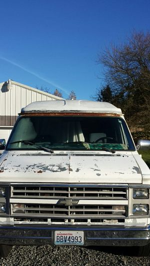 Chevy g30 v8 camper van for Sale in Puyallup, WA
