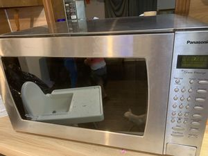 Free microwave. Read description. for Sale in Lawrenceville, GA