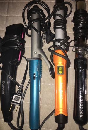 Hair straightener/ curlers for Sale in Brooklyn Park, MD