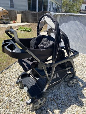 Graco Sit to Stand Double Stroller for Sale in Hazlet, NJ