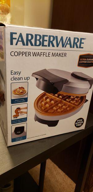 Brand new Farberware Copper Non-stick Round Waffle Maker for Sale in Herndon, VA