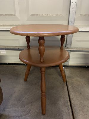 End Table for Sale in Visalia, CA