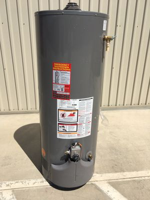 50 gallon water heater for Sale in Perris, CA