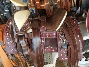 Monturas for Sale in Dinuba, CA