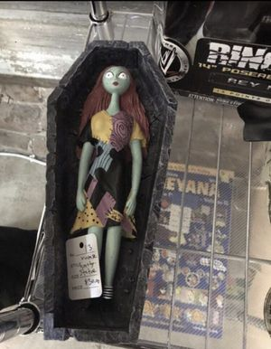 Vintage Nightmare Before Christmas Sally 10.5 inch tall Statue for Sale in Anaheim, CA
