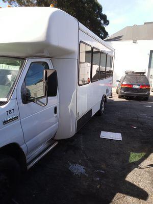Ford e-450 mini bus for Sale in Daly City, CA