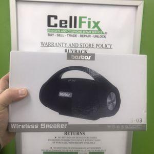 BosBos Splashproof Bluetooth speaker for Sale in Tampa, FL