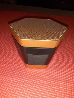 dn Hexagon Bluetooth Speaker - Gold and Black for Sale in Lehigh Acres,  FL