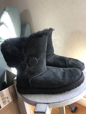 Black UGGs boots size 7 Women for Sale in Oakland, CA