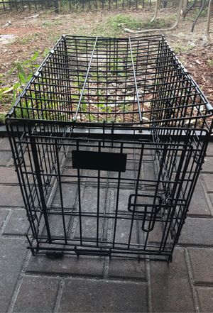 Dog crate for Sale in Poinciana, FL