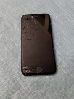 Broken Iphone 7 (Not Working) for Sale in Sherwood,  OR
