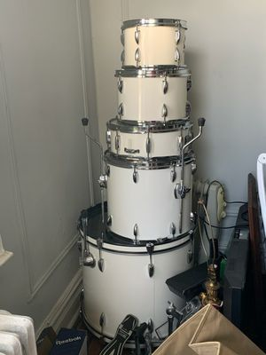 5 piece drum set for Sale in New Rochelle, NY