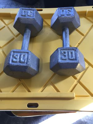 2-30 Lb iron hex weights for Sale in Ridgefield, WA