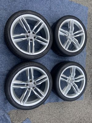 Audi S7 wheels 20x9 for Sale in Elk Grove Village, IL