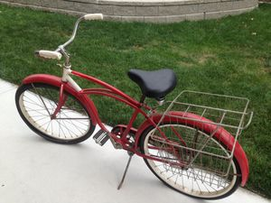 Mid century vintage Schwinn bicycle with the basket for Sale in Morton, IL