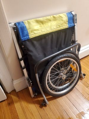 Bike trailer for Sale in Chelsea, MA