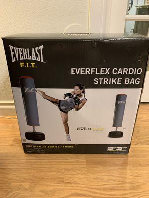 New everlast cardio strike punching bag for Sale in Ridgefield, WA