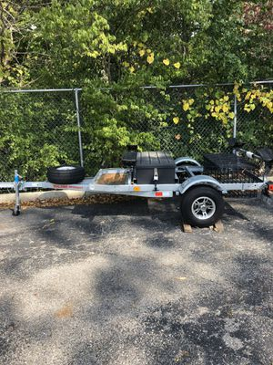 Malone MegaSport 2-Boat Mega Wing Trailer for Sale in Galloway, OH