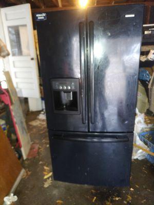 Kenmore Refrigerator for Sale in Detroit, MI