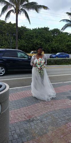 Wedding Dress And Flower Girl Dresses for Sale in North Miami Beach,  FL