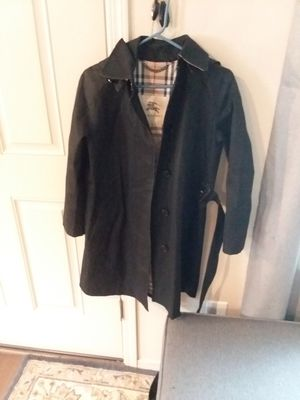 Burberry long coat,size4 for Sale in Vancouver, WA