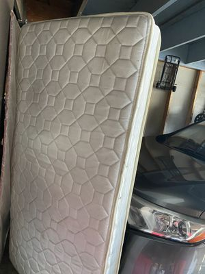 Free mattress for Sale in San Mateo, CA