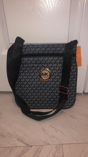 Messenger bag for Sale in Belleville, MI