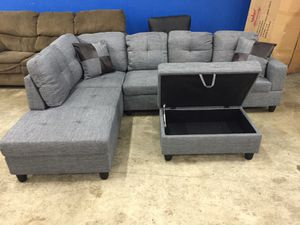 Grey linen sectional couch and storage ottoman for Sale in Vancouver, WA