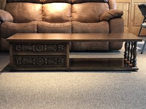 Coffee Table and Two End Tables for Sale in Leavenworth, WA