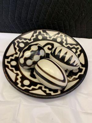 Black & White Decorative Ceramic Plate & Eggs for Sale in Lauderdale Lakes, FL