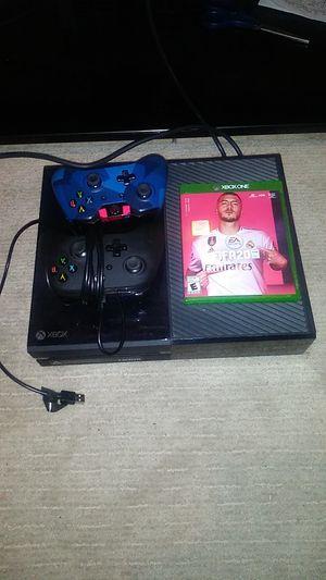 Xbox one 2 controles fifa 20 for Sale in Corona, CA