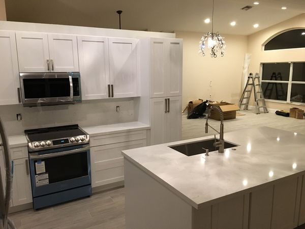 """For sale kitchen and cabinets 3/4"""" real wood with system soft close door"""