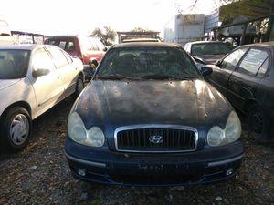 2002 Hyundai sonata parts for Sale in Tampa, FL