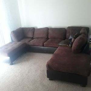 Sectional Couch and Ottoman for Sale in Fresno, CA