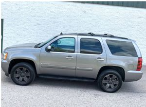 Excellent. Chevrolet Tahoe 2007 LTZ SUV Great Wheels for Sale in Knoxville, TN