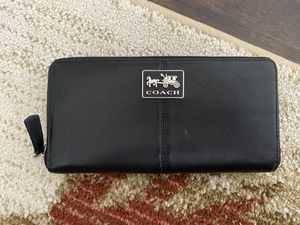 Black Leather Coach Wallet for Sale in Irvine, CA
