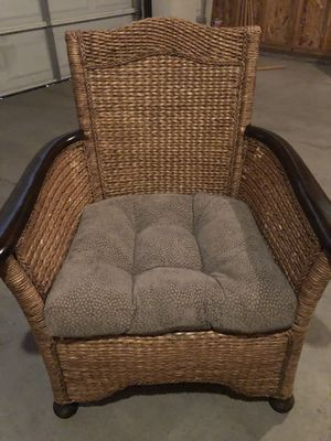 Rattan/ Wicker Accent Chair for Sale in Bend, OR