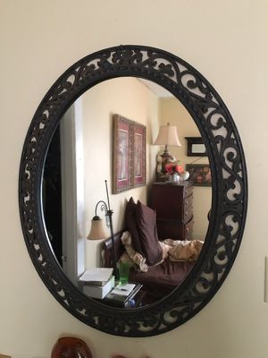 Oval wall Mirror for Sale in Lexington, KY