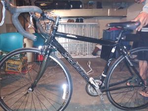 Bike Specialized la use solo un mes for Sale in Philadelphia, PA