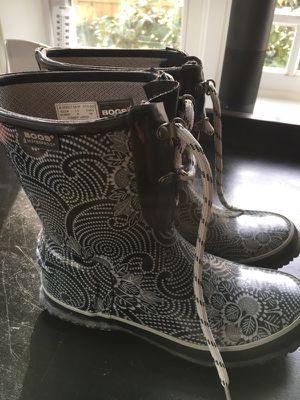 Bogs Woman's Rain Boots (Size 8) for Sale in Arlington, VA
