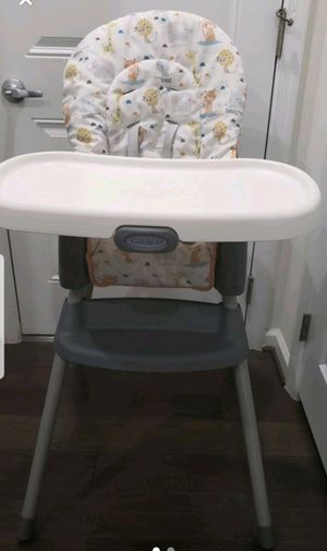 Graco SimpleSwitch 2-in-1 high chair &Booster for Sale in Fairfax, VA