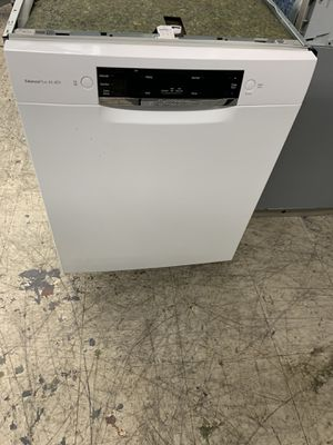 Bosch white open box dishwasher for Sale in View Park-Windsor Hills, CA