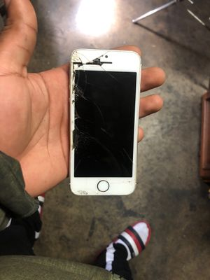 iPhone 5 cracked for Sale in Sacramento, CA