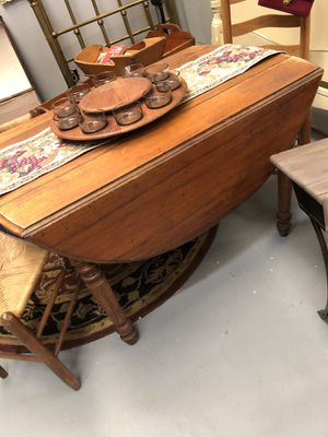 Antique dropleaf table for Sale in Boiling Springs, SC