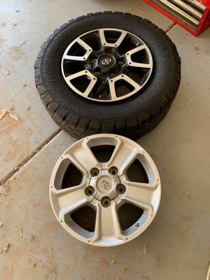Toyota Tundra 2015 rims for Sale in Phoenix, AZ